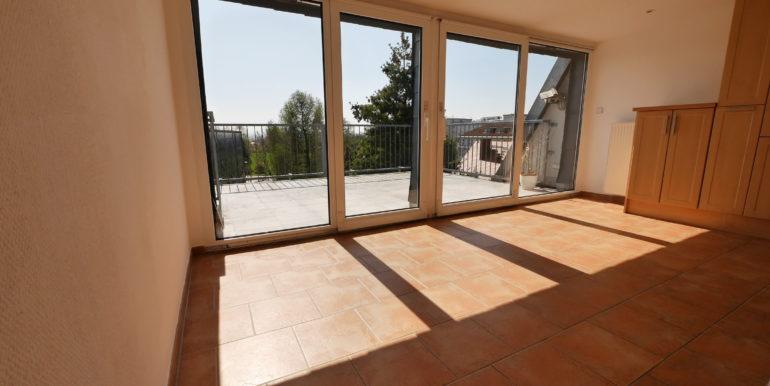 offene Küche mit Terrasse