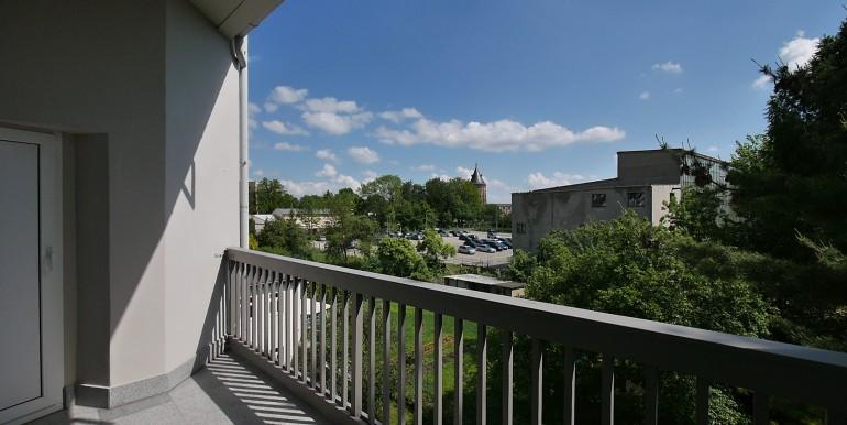 if-bi16-3oglinks-balkon-mit-aussicht-210514