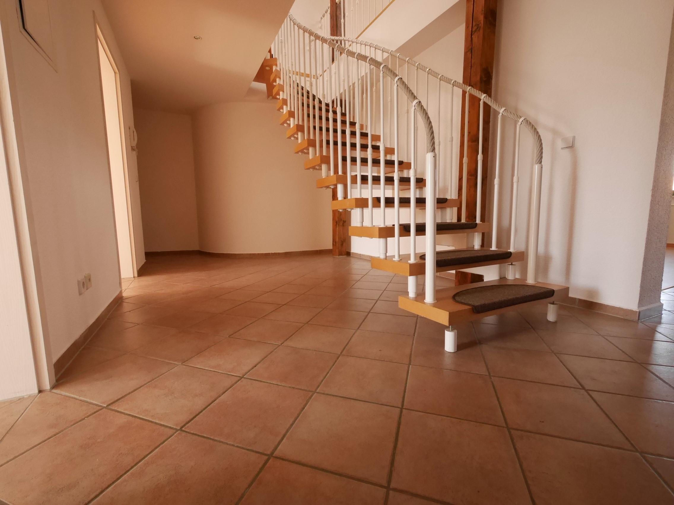 Mietwohnung: Vermietung von 4-Raum-Maisonette-Wohnung in Görlitz, Biesnitzer Straße 16