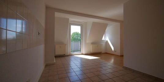 Mietwohnung: Vermietung von 4-Raum Wohnung mit nagelneuer EBK in Görlitz, Lutherstraße 36