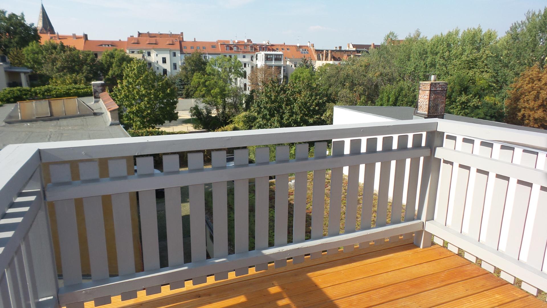 Dachgeschoss-Wohnung mit sonnigem Balkon in Fußgängerzone zu vermieten