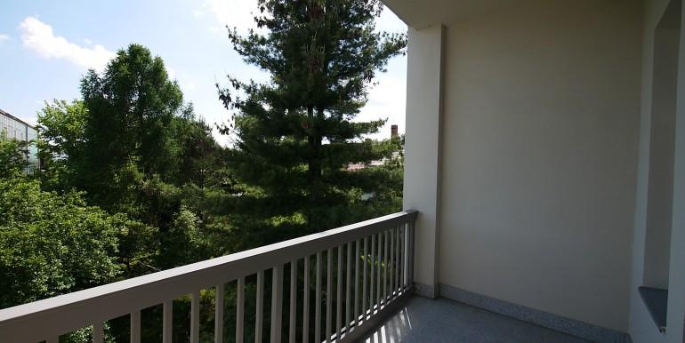 if-bi16-3oglinks-balkon-aussicht-rechts-210514