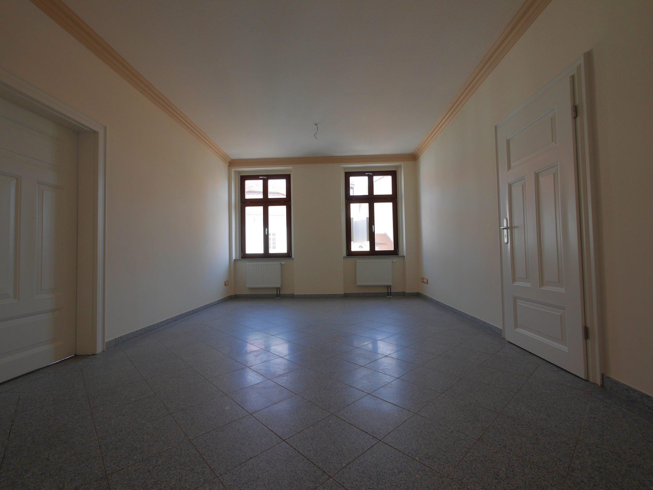 Vermietung von 4 Etagen mit Geschäftsräumen in Görlitz, Demianiplatz 21/22
